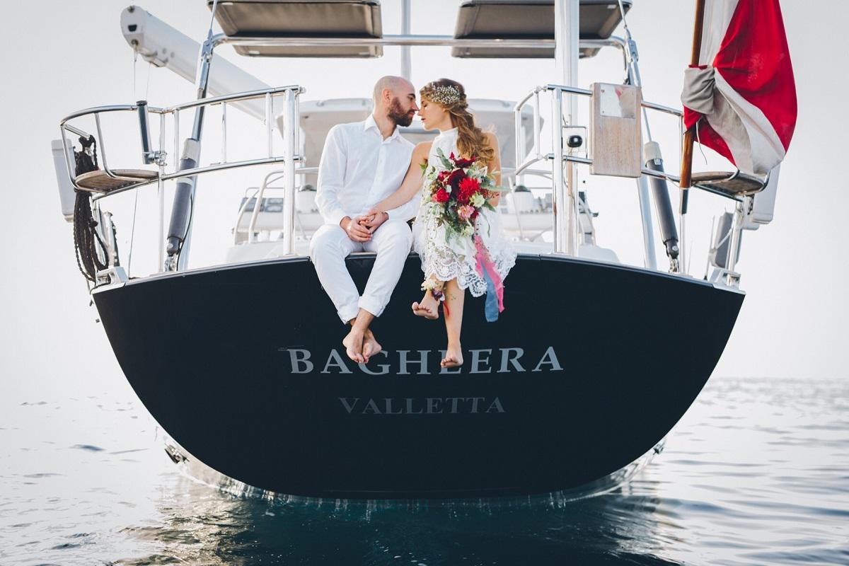 Sposa in barca a vela | Marianna Lanzilli